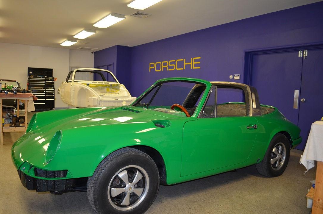 #0442 1970 Porsche 911T Targa